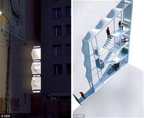 World?s Thinnest House ? Poland ? Amazing, Extreme, Odd