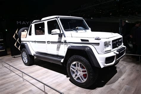 Having set the standards for luxury automobiles for almost a century, mercedes never rest on their laurels and continue to produce. Luxurious Off-Roader Mercedes-Maybach G-650 Showcased At The Frankfurt Auto Expo   Motoroids