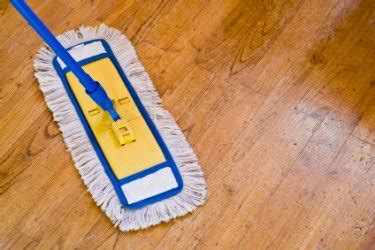 3 Simple Steps to Keep Your Hardwood Floors Looking Good