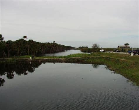 marsh stick fishing bank florida fish crappie