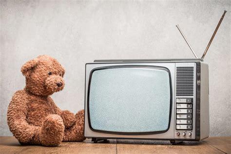 ab wann kleinkind ab wann sollte ein kleinkind fernsehen d 252 rfen liebe zum baby