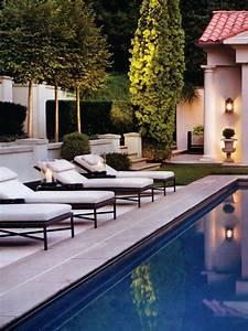 Fantastic, Pool, Sorrounds