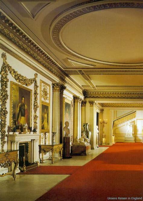 sneak peek  buckingham palaces opulent rooms