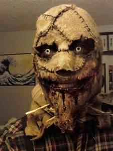 DIY Halloween Scarecrow Mask