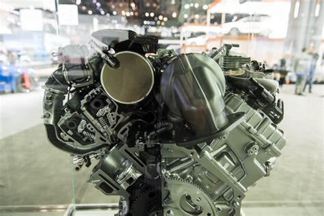 Cadillac Engine by Cadillac 4 2l Turbo V 8 Dohc Lta Engine Pictures