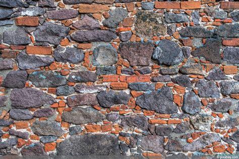 Antike Mauern Im Garten by Antike Mauern Im Garten Ostseesuche