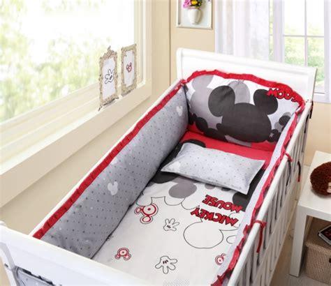 chambre mickey mouse déco chambre bébé 28 rideaux pour les filles et les garçons