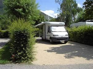 Le Camping Car : camping car emplacement stabilis avec lectricit camping challes les eaux chambery ~ Medecine-chirurgie-esthetiques.com Avis de Voitures