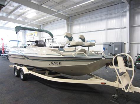 Used Pontoon Boats Bass Tracker by Sun Tracker 21 Deck Boats For Sale