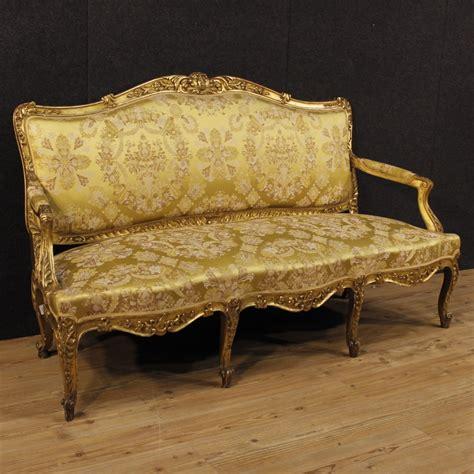 canapé ancien canapé ancien doré de style louis xv du xixème siècle