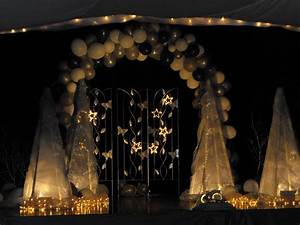 preschool graduation stage decorations | WOOLY HOOKER ...