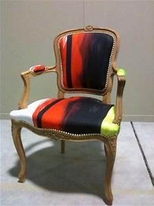fauteuil cabriolet louis xv de style tapissier d With tapis de couloir avec canapé de style louis xv