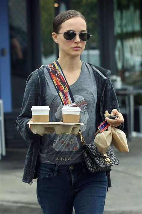 Natalie Portman Out For Coffee Los Feliz