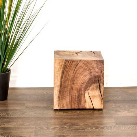 Nachttischle Aus Holz by Der Beistelltisch Oder Nachttisch Aus Schweizer Massivholz