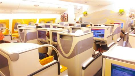 siege emirates plan de cabine emirates airbus a380 three class range