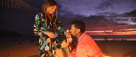 ciara russell wilson announce engagement singersroomcom