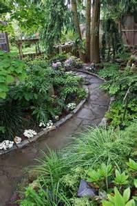 Stone Garden Path Edging