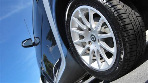 Want To Make Your Car Tyres Look Nice? Read To Find Out