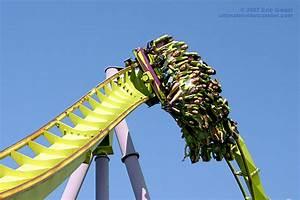 Bizarro Zero-G Heartline Roll | Bizarro, Six Flags Great ...