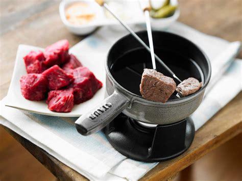 cuisine bourguignonne recettes fondue bourguignonne facile recette sur cuisine actuelle