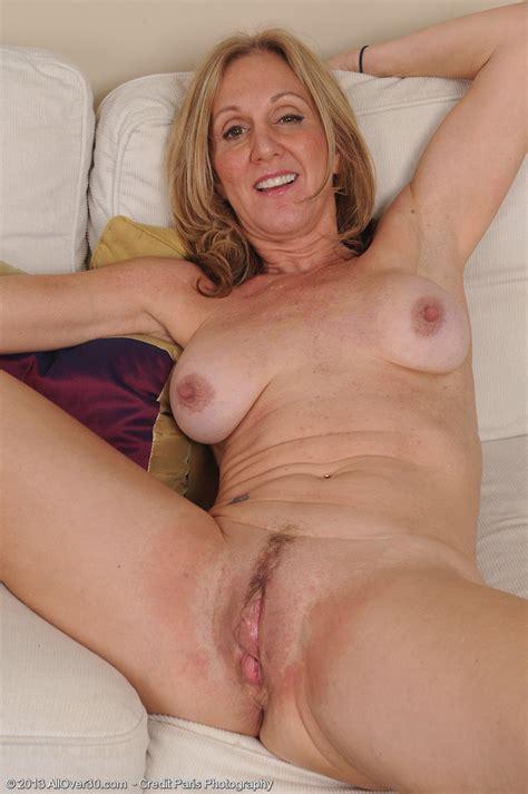 Jen012002006745016 In Gallery Spread That Sloppy