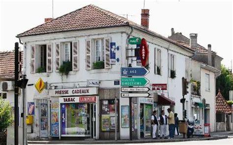bureau tabac ouvert bureau de tabac ouvert le soir 28 images gard un