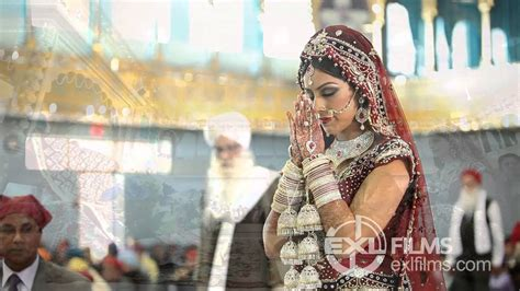 indian sikh wedding groom arrives  reception