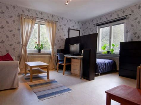 Decorating Ideas Studio Apartments Pictures by Studio Apartment With Wallpaper Decorating Tips For