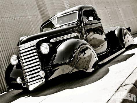 GMC Car : Lowrider Magazine