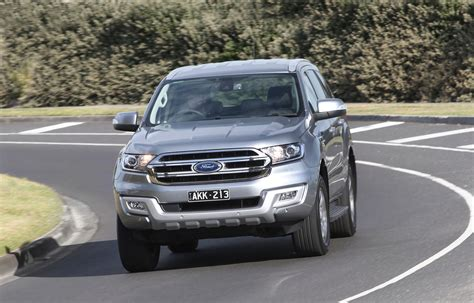 Ford Car : 2017 Ford Everest Trend Rwd Review