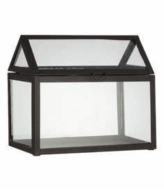 Kleines Glas Gewächshaus : schlichtes design f r ein gew chshaus gew chsh user f r die fensterbank pinterest shops ~ Markanthonyermac.com Haus und Dekorationen