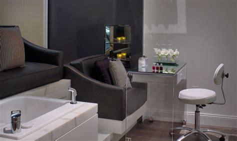manicure pedicure room  surrey hotel image
