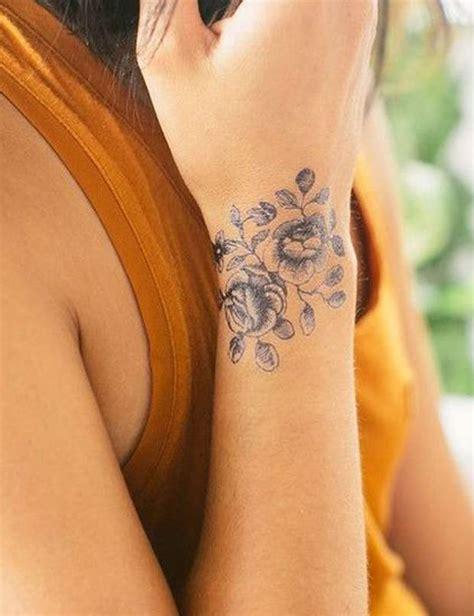 les  jolis tatouages pour poignet de pinterest femme