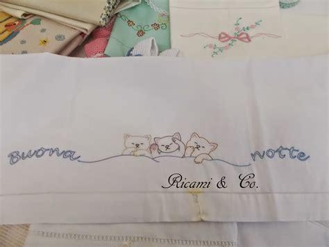 gattini  orsetti  fare sogni doro ricamico