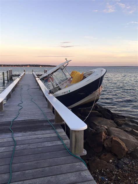 Boat Crash Oak Bluffs by Boat On The Rocks Arrested After Unmanned Boat Crash