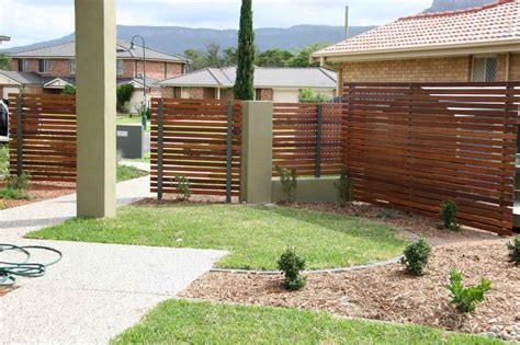 cost of a fence how much does timber fencing cost