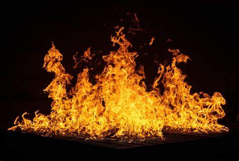 bonfire photo  fire image  unsplash