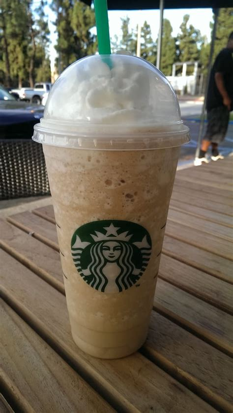 Images For > Starbucks White Chocolate Frappuccino