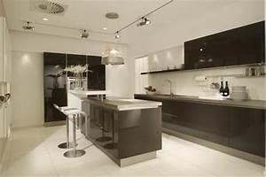 cuisine design With salle a manger italienne design pour petite cuisine Équipée