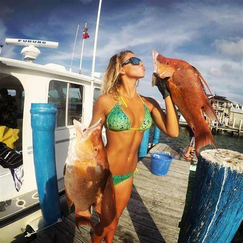 florida female fishing anglers cheyenne lee bikini spearfishing kiss angler saltstrong saltwater fish must know records baby
