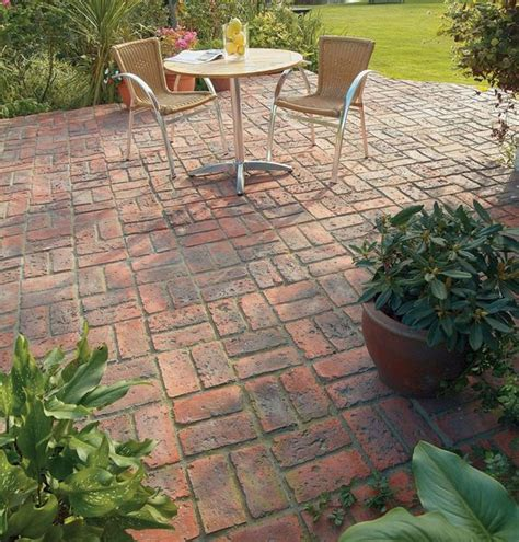 basket weave paving dble basketweave full patio brett paving manmade paving old english brick basket weave 4472 p