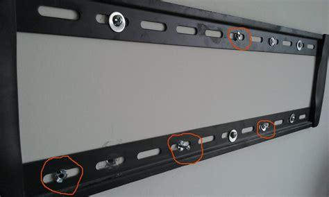 comment fixer un meuble haut de cuisine dans du placo finest comment fixer un meuble tv suspendu outil