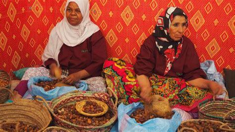 moroocan natural argan oil morocco moroccan national tourist