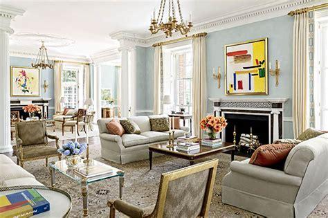 Cape Style Home Decorated Classic Color And Pattern by Gaya Arsitektur Klasik Pesona Kemegahan Khas Kerajaan