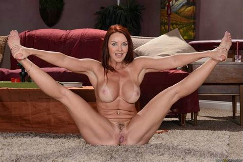 #Janet #Mason #Posing #Naked #In #Front #Of #The #Camera