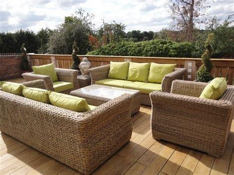mobilier de jardin en resine tressee am 233 nager sa terrasse avec du mobilier de jardin en r 233 sine