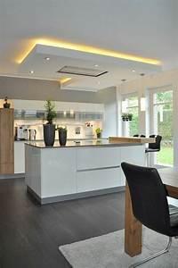 Idee relooking cuisine cuisine en noir avec ilot blanc for Idee deco cuisine avec cuisine moderne prix