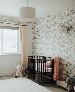 Tapisserie chambre bebe awesome dcoration murale chambre for Tapis chambre bébé avec poster geant fleur