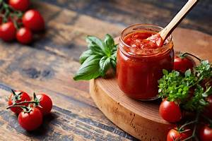 Tomato Sauce 101 From Vine To Jar Whyy