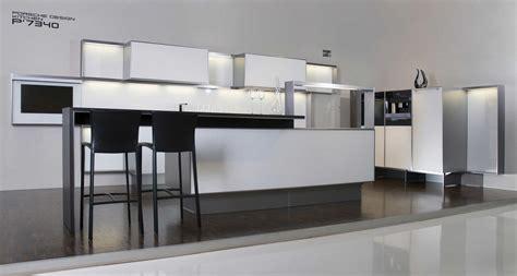 cuisine porsche design homeofficedécoration cuisine poggenpohl